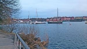 Beliebte Laufstrecke am Strand von Kungsholmen in Stockholm
